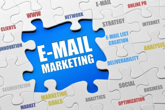 give 40+ million emails and free sending method