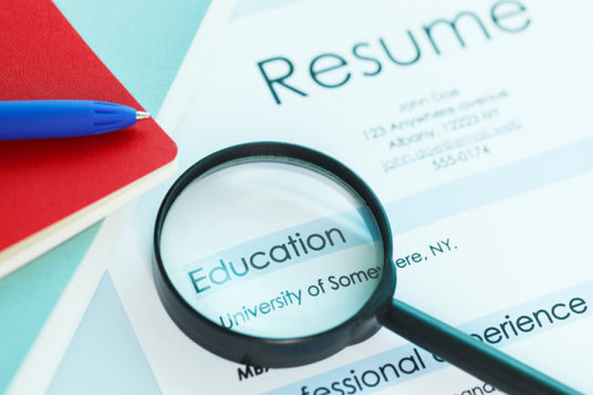 translate your cv resume from english to chinese traditional