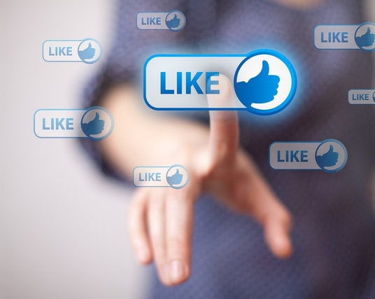 I will 5000 real Facebook post likes with profile photos  - Promotion