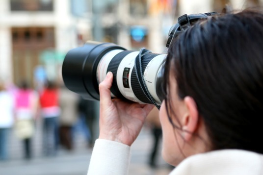 I will find you up to 5 copyright free pictures for your blog post or article