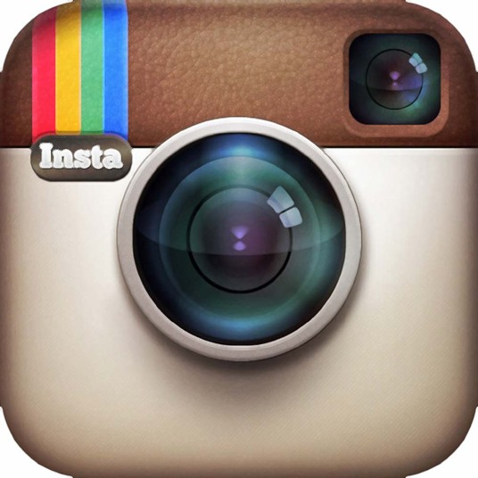 I will manually post 15 real relevant Comments on your Instagram post, picture or video