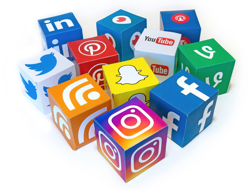 create POWERFUL social media content