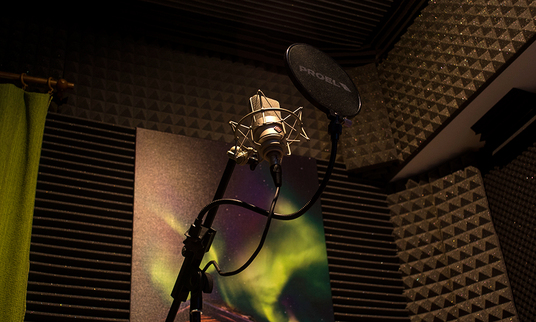 record Professional Greek Voice Overs