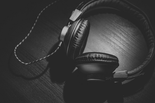 do a flawless transcription of your audio or video in 24 hours