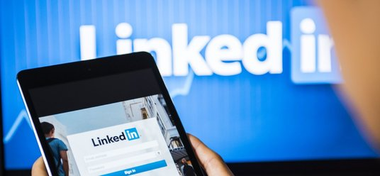I will deliver LinkedIn 400  Followers Promotional Offer