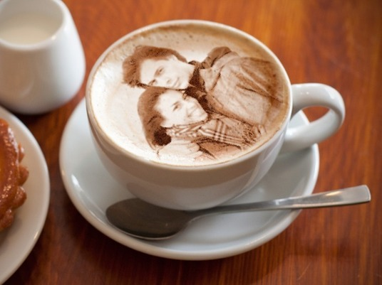 I will Put Your Face Pic Or Logo On Latte and Cappuccino