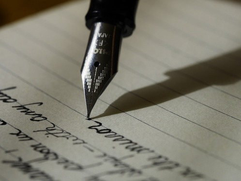 Manually write or rewrite your article
